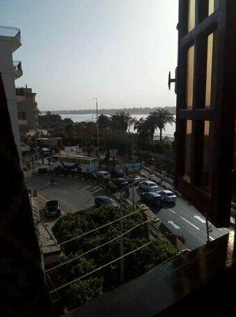 Corniche El Nile Flat