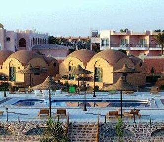 Flora Resort