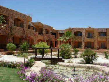 Kahramana Gardens Hotel