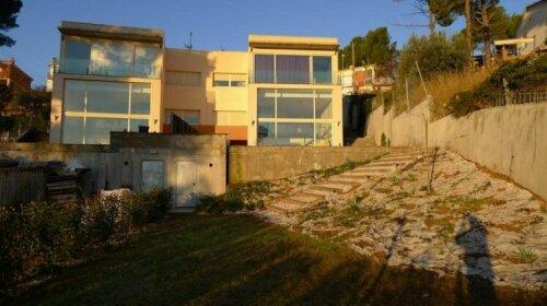 Gran Casa con Piscina en Abrera