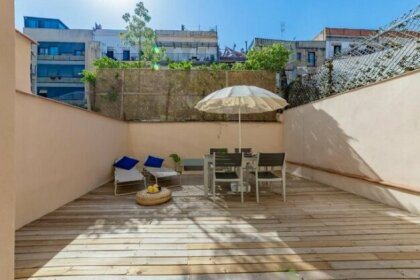 Amazing apartment by Ramblas with inner terrace