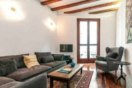 Barcelonaforrent Alessandra Central Ramblas Apartment