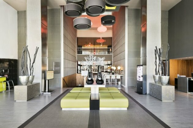 Hotel Barcelona Condal Mar Managed by Melia - Photo3