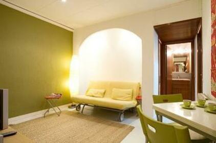 L i Bcn Apartment Rambla Portaferrissa A