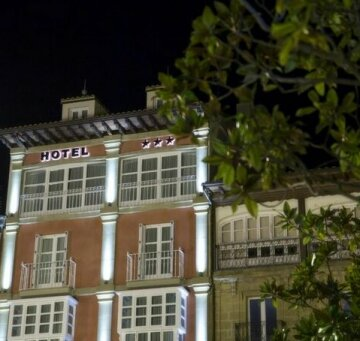 Hotel Plaza De La Paz