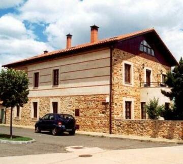 La Casa del Herrero Guest house Luyego