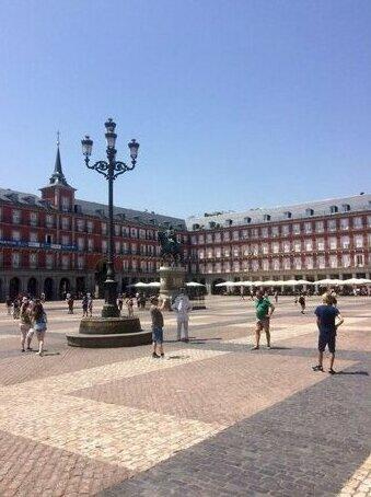 Scout Madrid Hostel