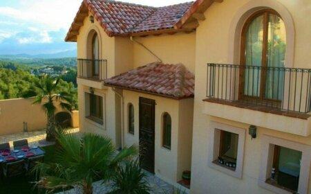 Casa Colina Olivella