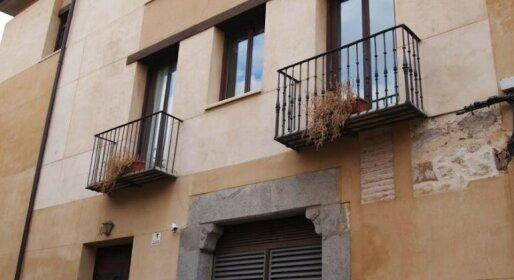 Apartamentos Trinidad Segovia