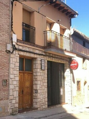 Hostal -bar los sisones