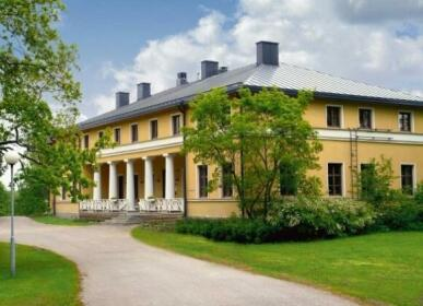 Kyyhkyla Hotel and Manor