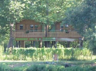 Cabanes Et Camping Belle Riviere