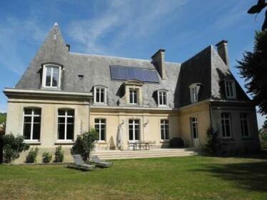 Le Chateau d'Hermonville B&B / Chambres d'hotes