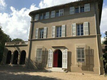 Chateau d'Eoures