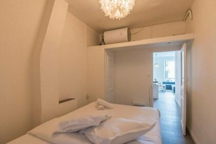 Superb bright and spacious apt in Marseille