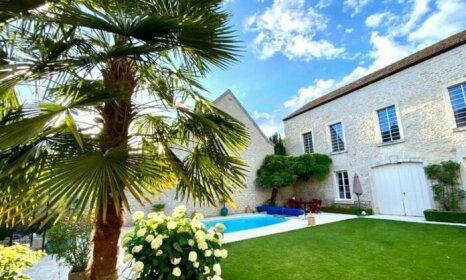 LE JARDIN Chambre de charme piscine a Meursault