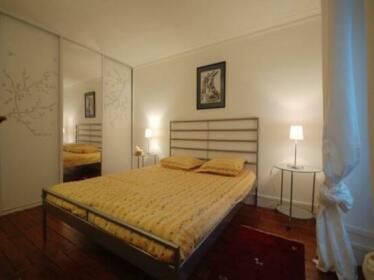 Apartment Bastille