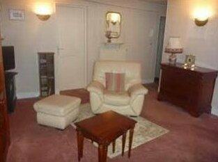 Apartment St Denis1