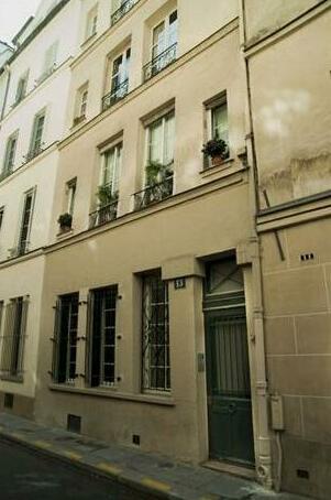 Apartments - Into Paris