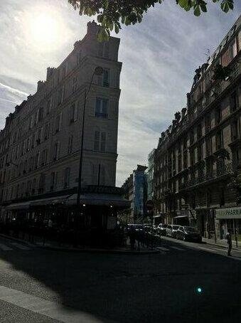 Elysee Paris Charming Flat