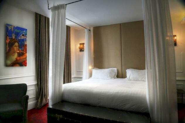 Hotel Moliere Paris- Photo2