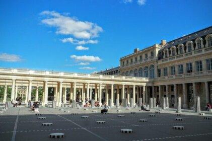 Louvre Opera Classic ChicSuites