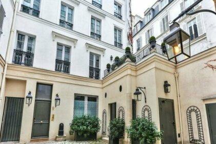 Love nest in Saint Germain 350