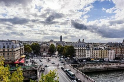 Luxury Apartment on the Ile de la Cite