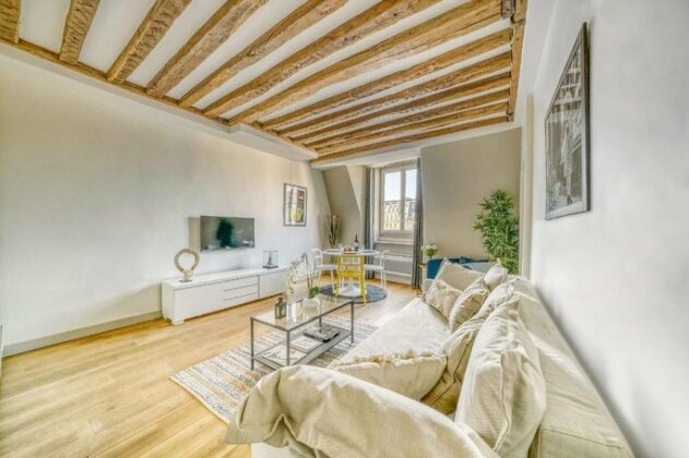 Luxury apartment on the Place des Victoires 357- Photo3