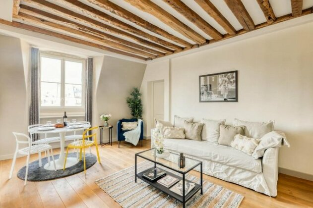 Luxury apartment on the Place des Victoires 357- Photo4