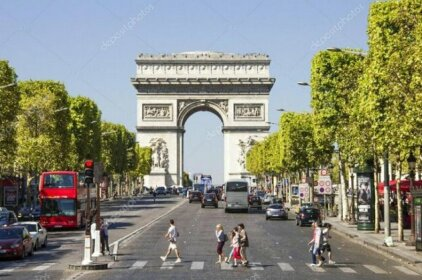 One bedroom apartment in Champs Elysees Avenue