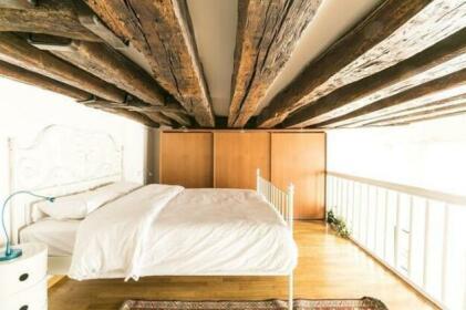 Quincampoix A Halldis Apartment