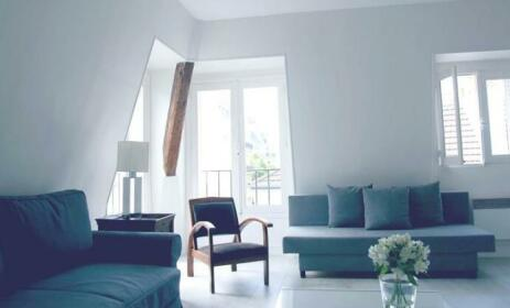 Rue de Ponthieu Central Furnished Apartment