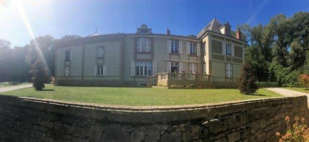Chateau Du Prelong