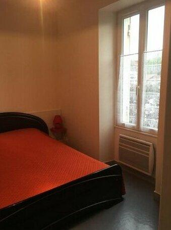Appartement Saintes calme et lumineux
