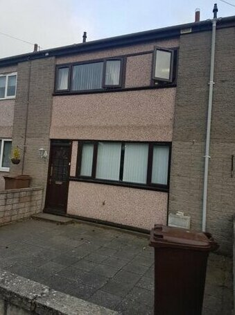 3 Bed Room House Aberdeen