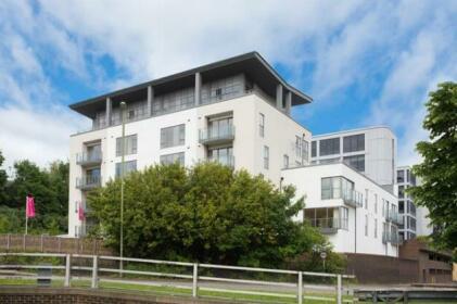 Basingstoke Apartment