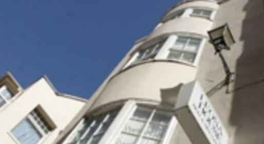Leona House Guest Accommodation Brighton & Hove