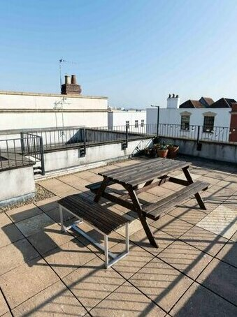 Bristols Number 1 Property - Private Roof Top Terrace