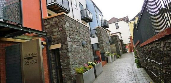 Your Stay Bristol Cabot Mews