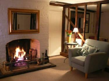 Chart Hill Cottage Bed & Breakfast Maidstone