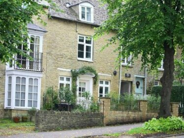 Hare House CHIPPING NORTON