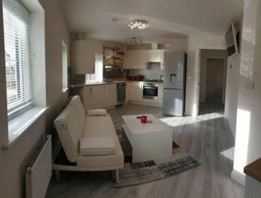 3 En-Suite Bed Luxury Accommodation Nr Warwick Uni