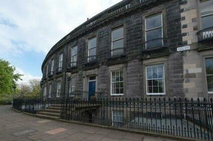 City Retreat Edinburgh ApartHotels