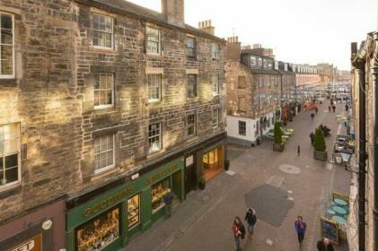 Rose Street Residence