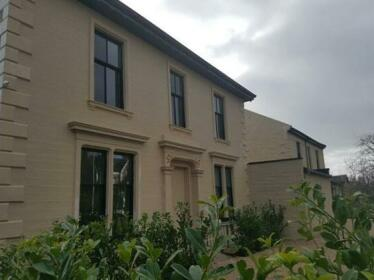 Crosshill House Glasgow