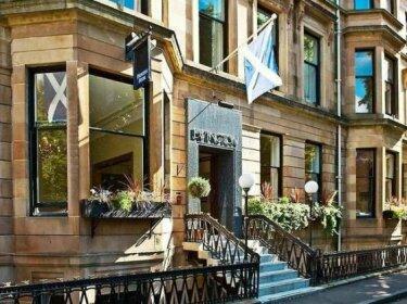 Ewington City Hotel