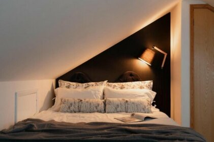 Guildford Town Loft Apartment