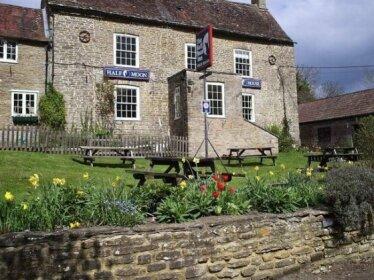The Half Moon Inn Horsington