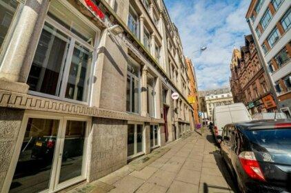 OYO Vincent Apartments